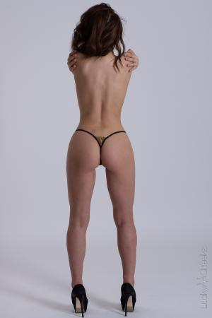 Queen of Love Black- sexy G-string