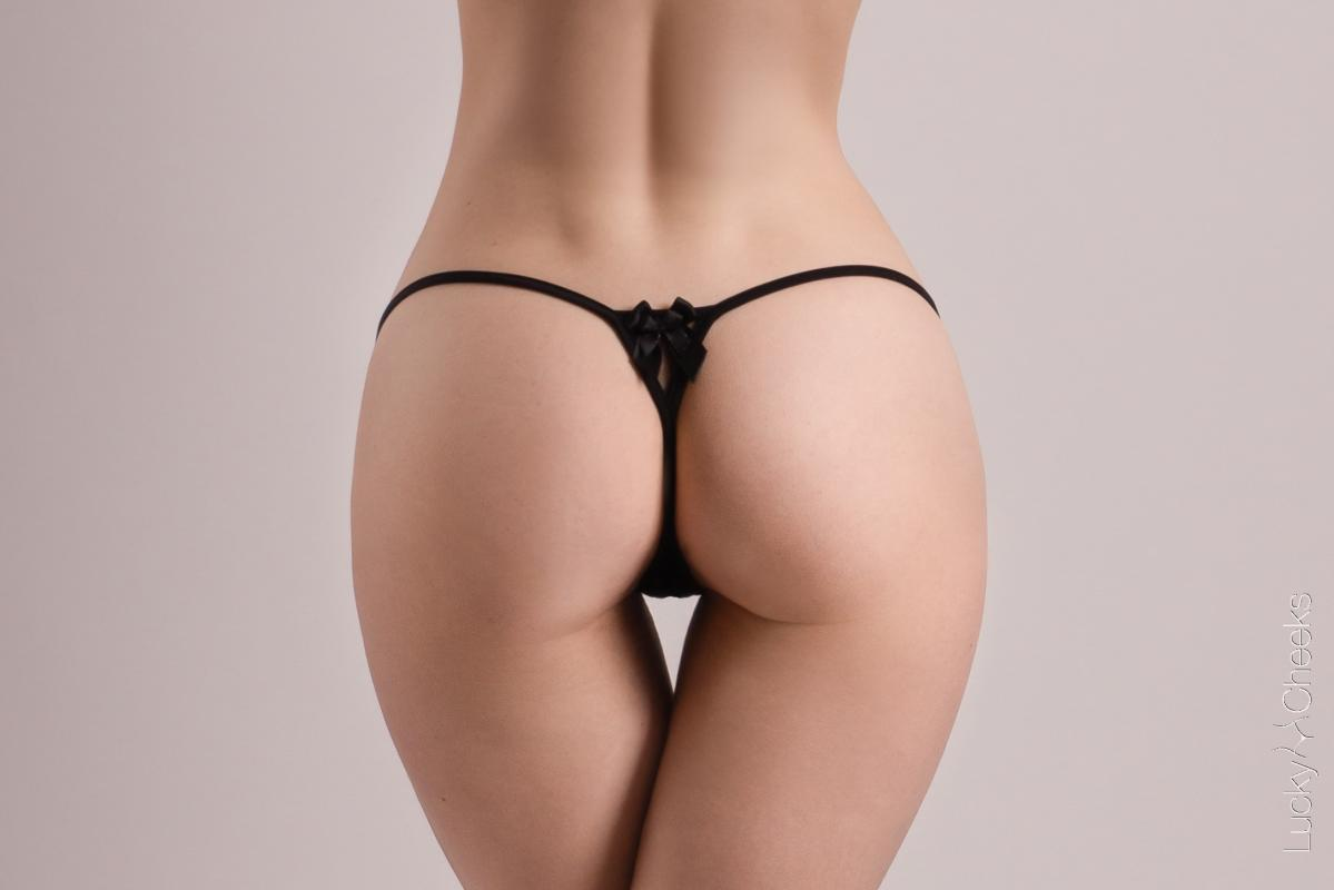 Lucky Cheeks micro thong - Lady in Black G-String