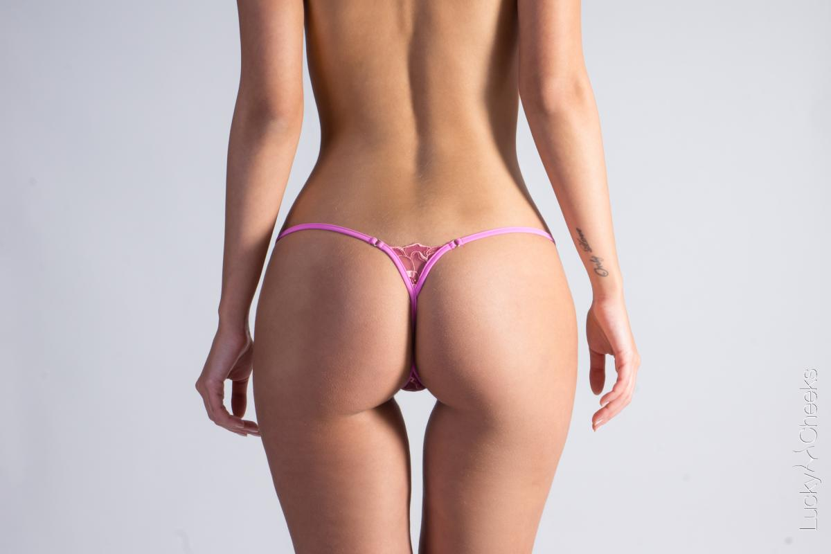 Sweet and Pink sexy G-String von Lucky Cheeks
