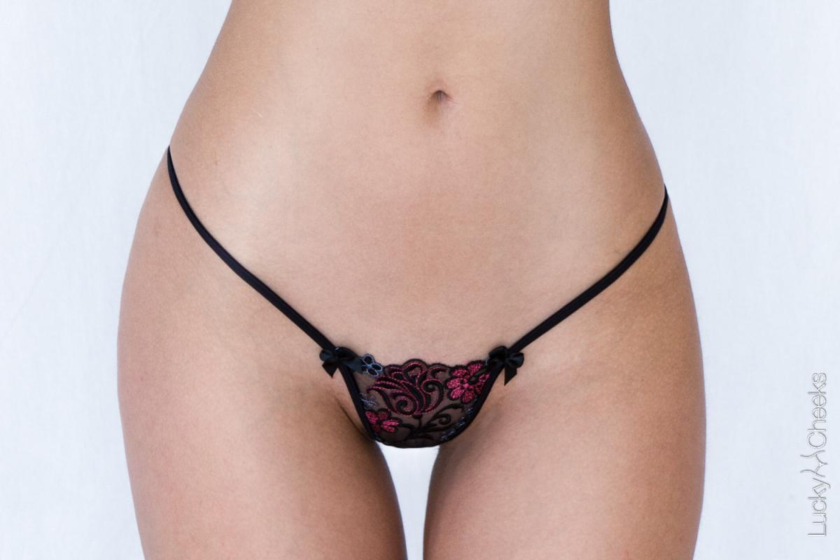 Sexy thong  black - Gothic Elegance by Lucky Cheeks